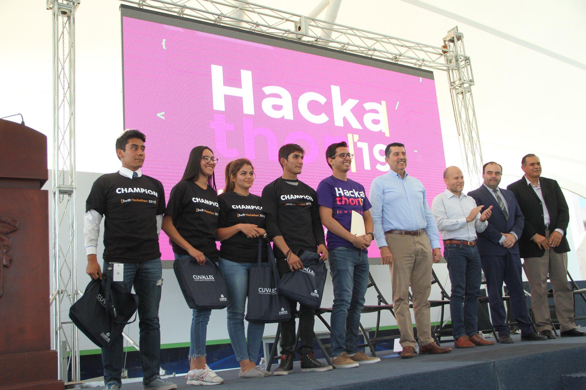 Equipo ganador del tercer lugar del Hackathon 2019