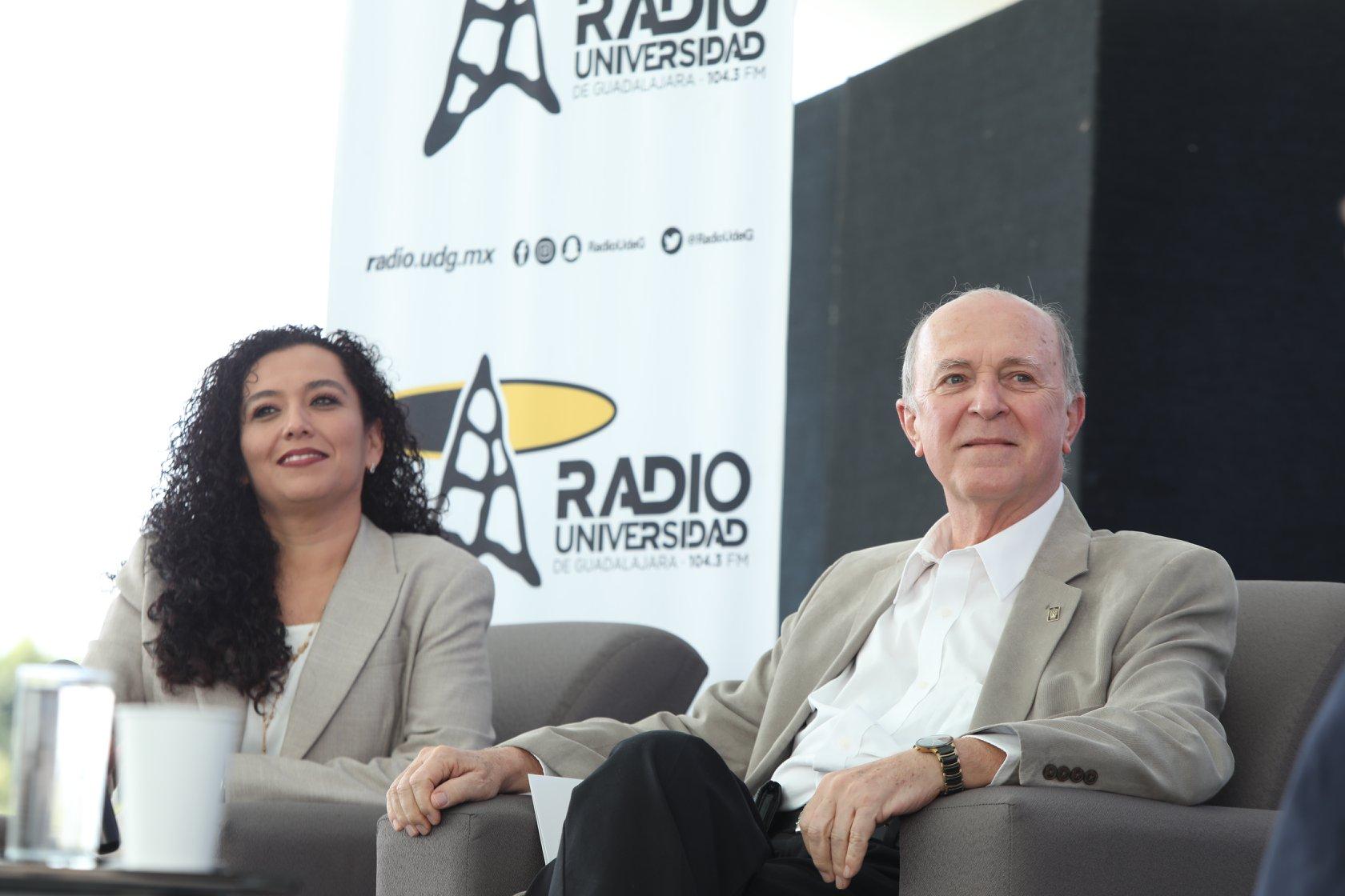Centli García y Miguel Ángel Navarro en Radio UdeG Ameca