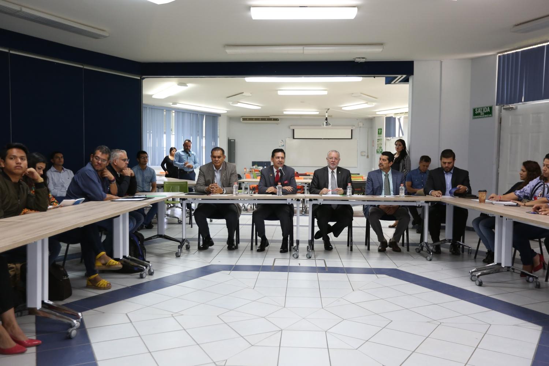 Representantes de CUValles, PRODEUR, CEDU y de la sociedad de la region Valles